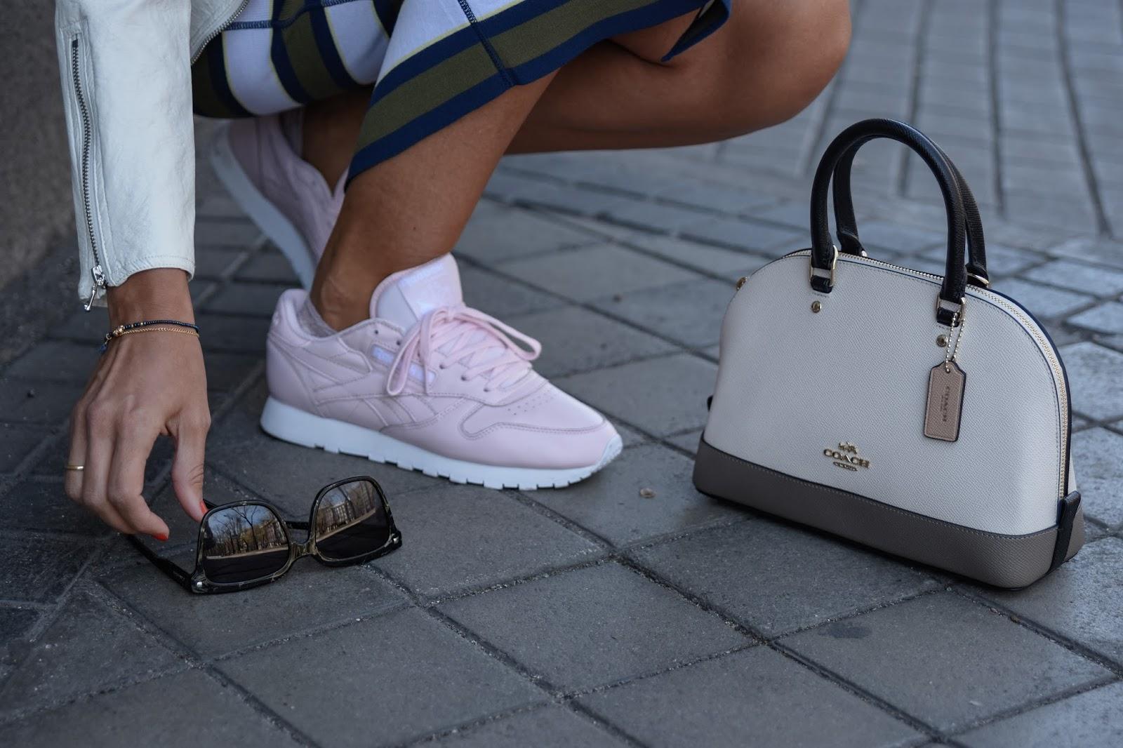 salario otoño ajuste  Pink sneakers - El Blog de Silvia