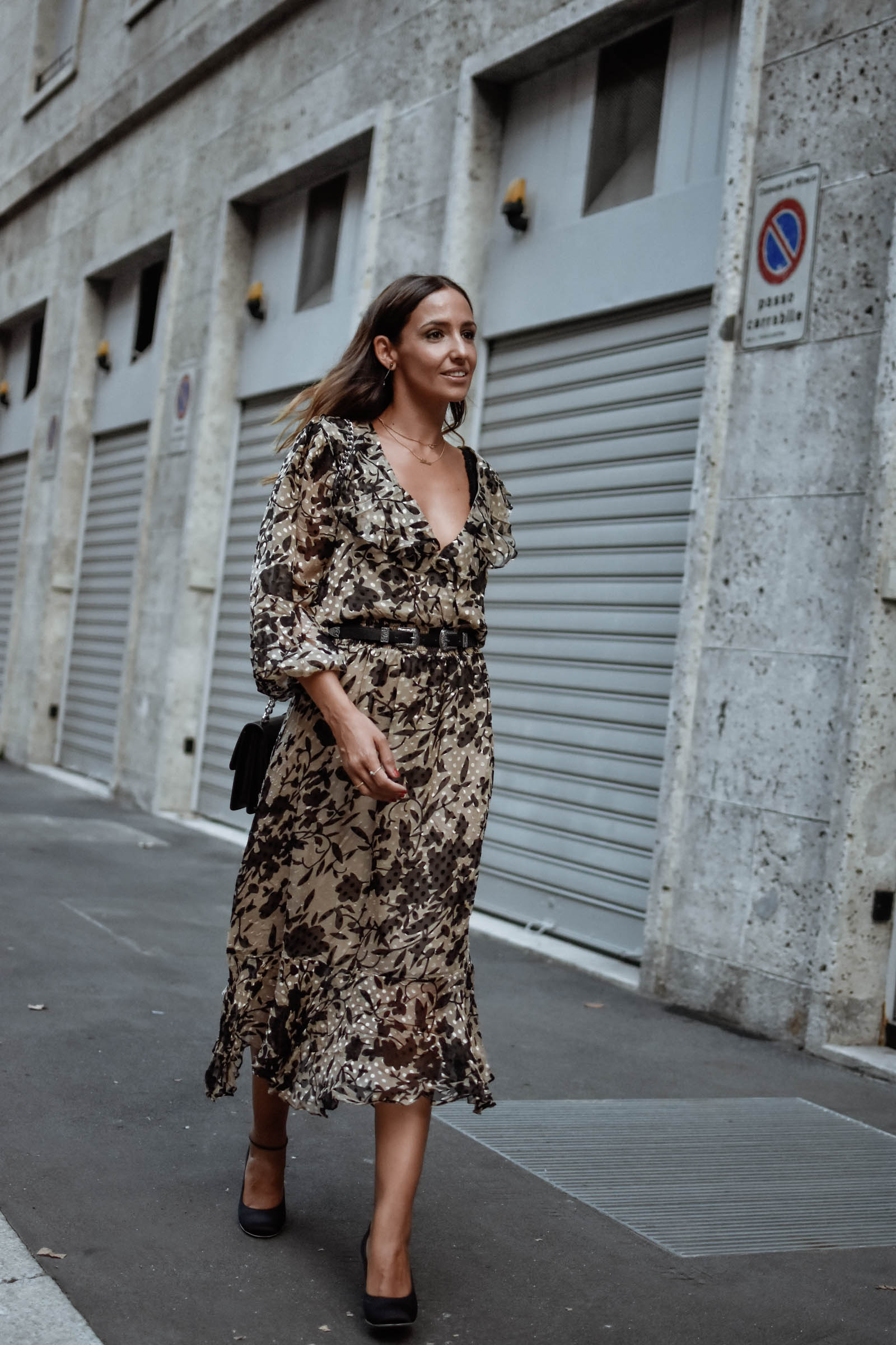 el-blog-de-silvia-rodriguez-street-style-mfw-fashion-show-alessandro-enrique-milan-fashion-week-revolve-look-blogger