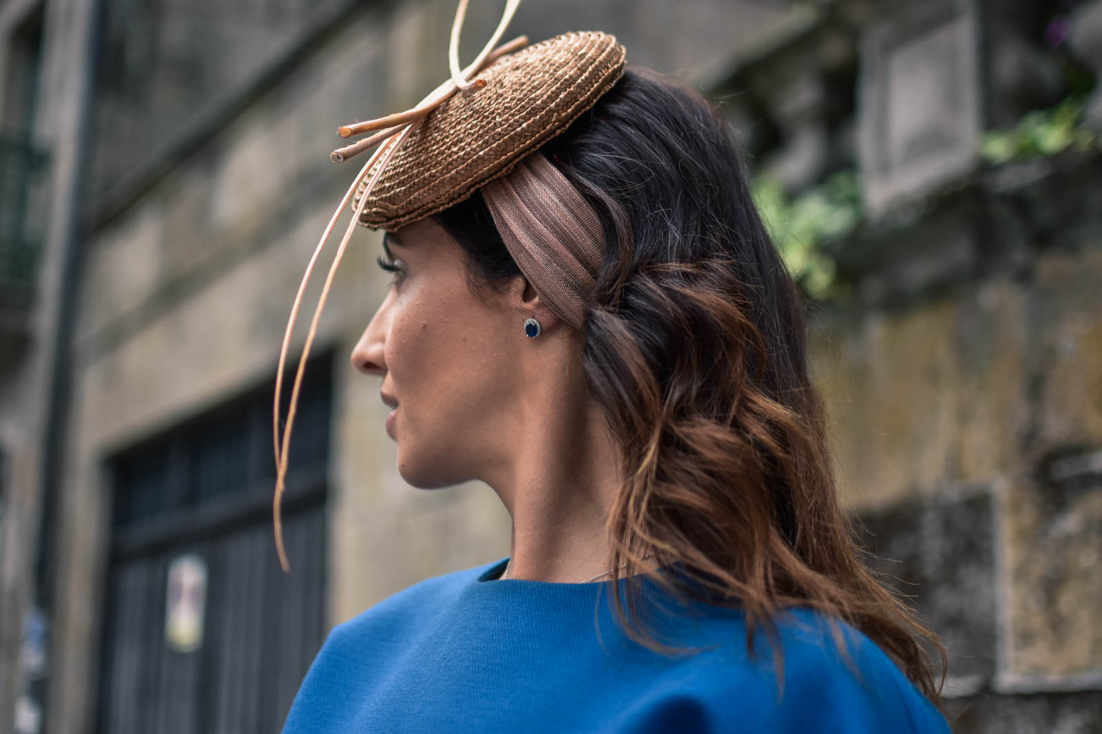 el-blog-de-silvia-rodriguez-street-style-wedding-dress-devota-y-lomba-bulgari-bag-masario-tocado-blogger-boda-otoño-manolo-blahnik