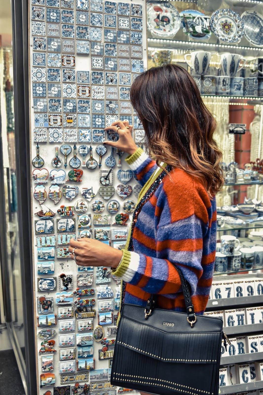 el-blog-de-silvia-rodriguez-street-style-travel-portugal-oporto-botas-blancas-blogger-influencer