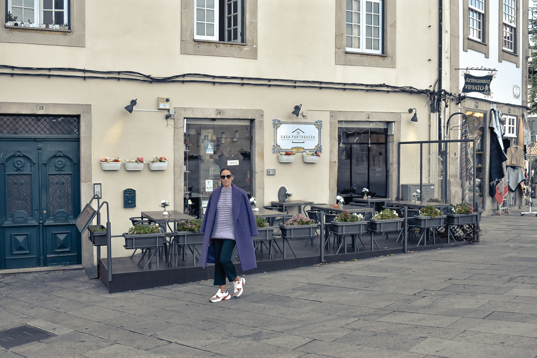 el-blog-de-silvia-Street-style-look-morado(5)