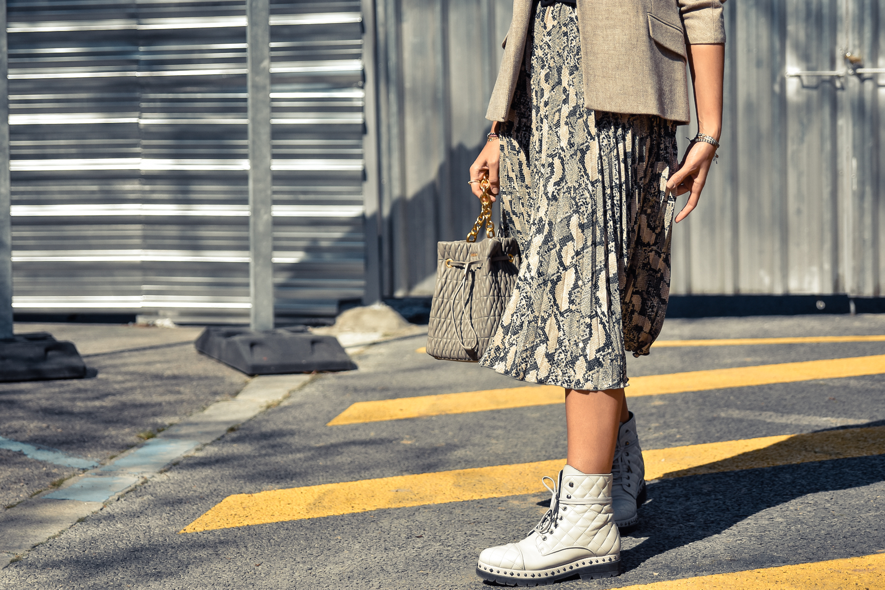 el-blog-de-silvia-look-falda-animal-print-balzer-02