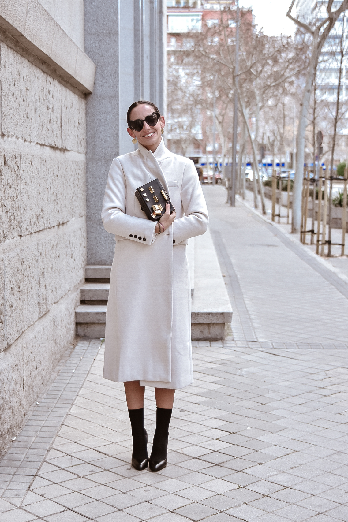 el-blog-de-silvia-look-femenino-vestido-midi-estampado-geometrico-03