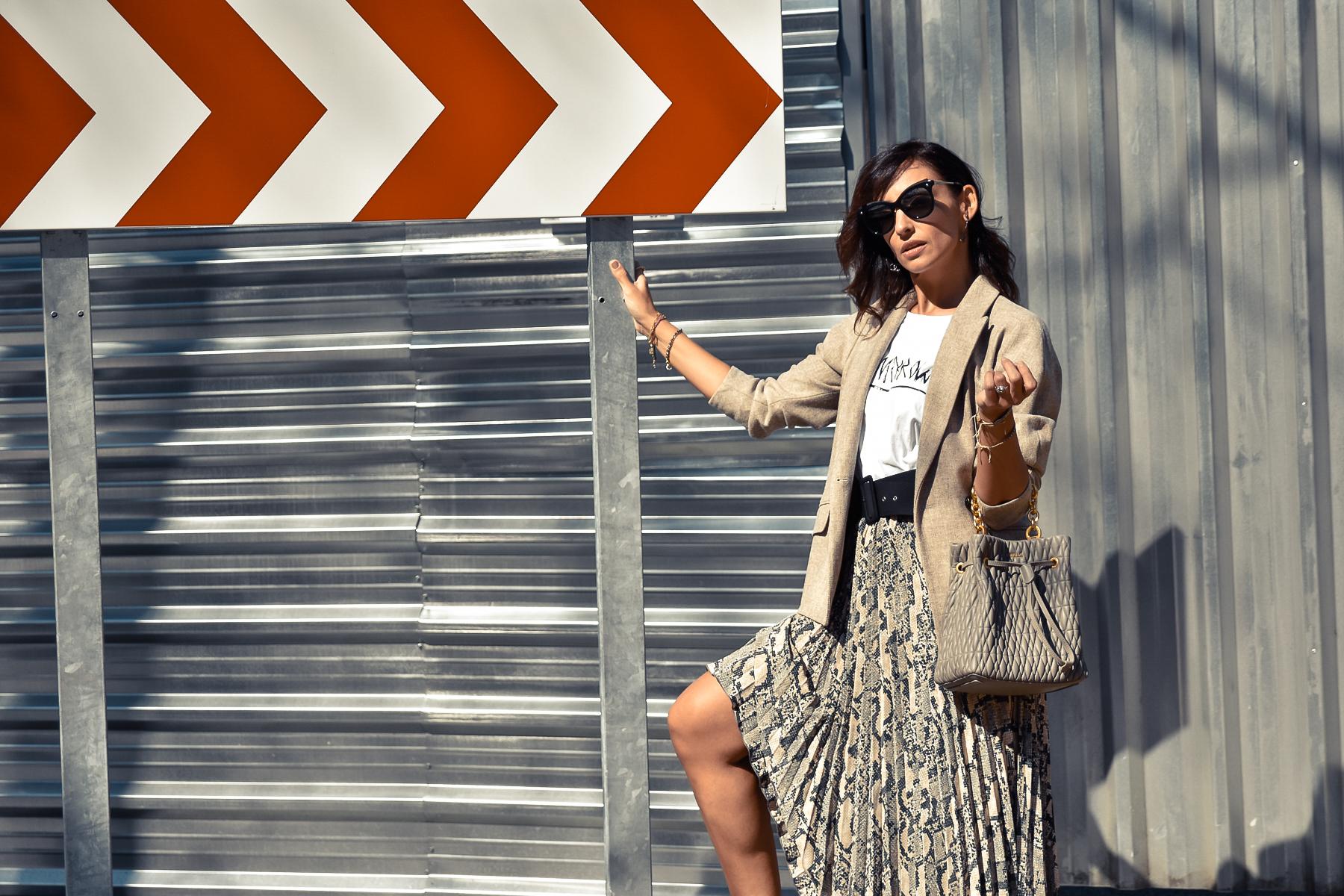 el-blog-de-silvia-look-falda-animal-print-balzer