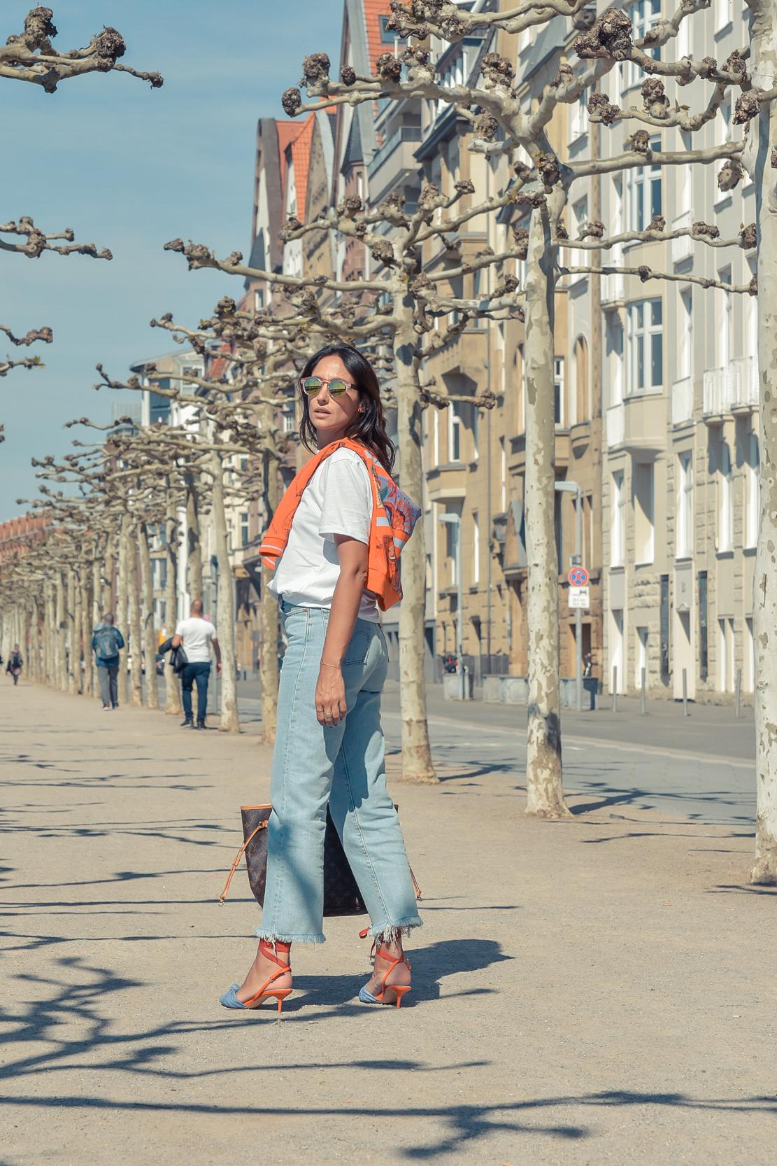 el-blog-de-silvia-viajar-dusseldorf-jersey-geometrico-jeans-levis-01