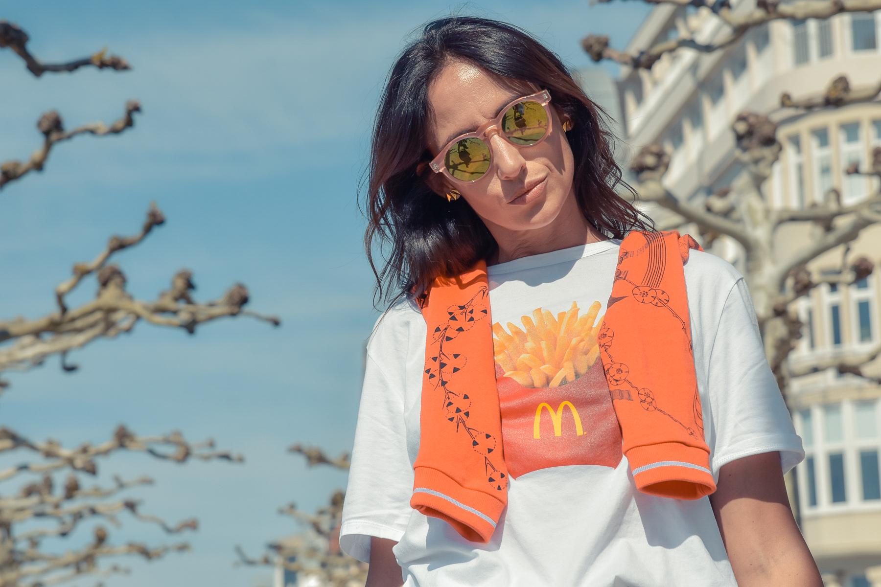 el-blog-de-silvia-viajar-dusseldorf-jersey-geometrico-jeans-levis-03