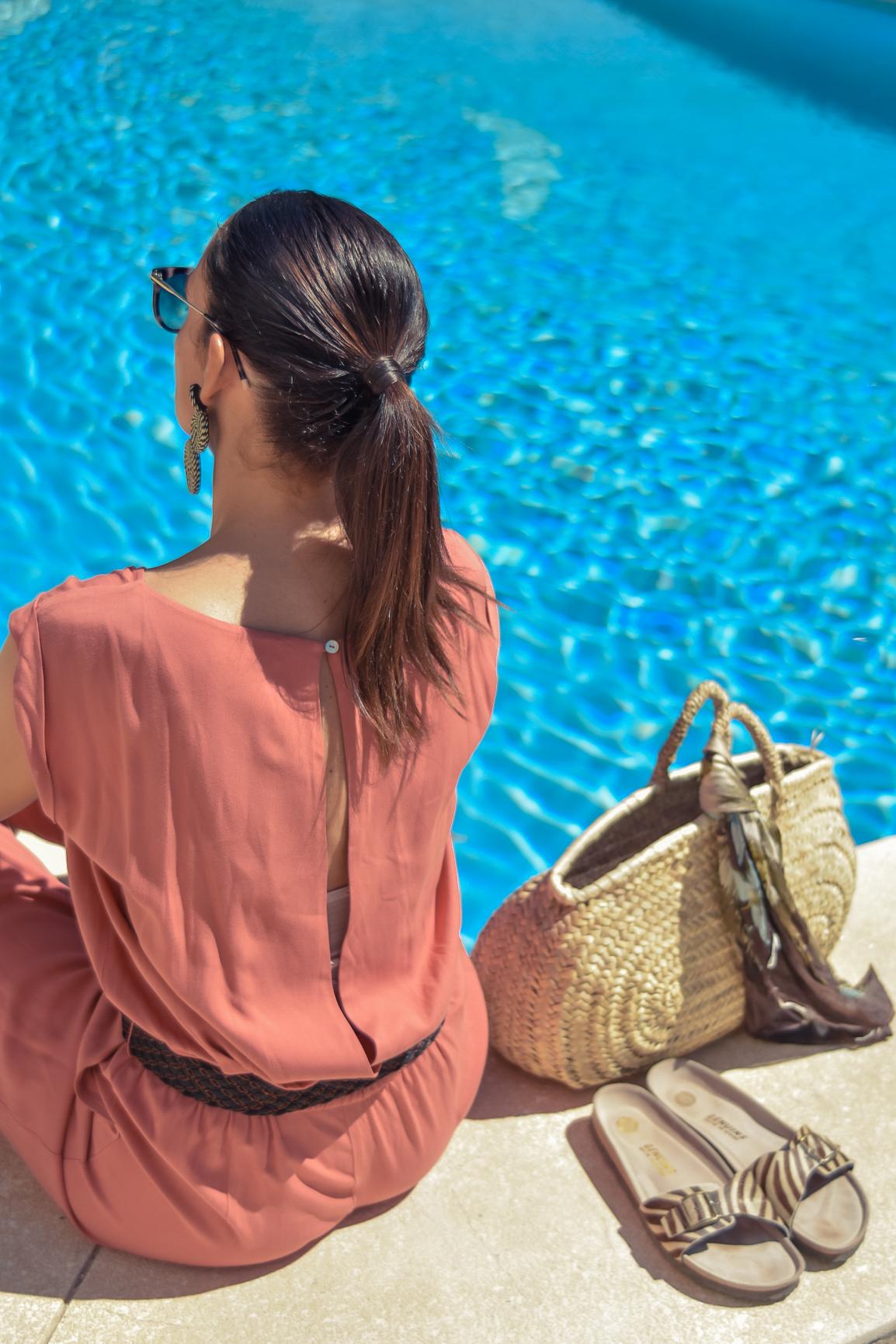 el-blog-de-silvia-viaje-marbella-mono-largo-coral-08