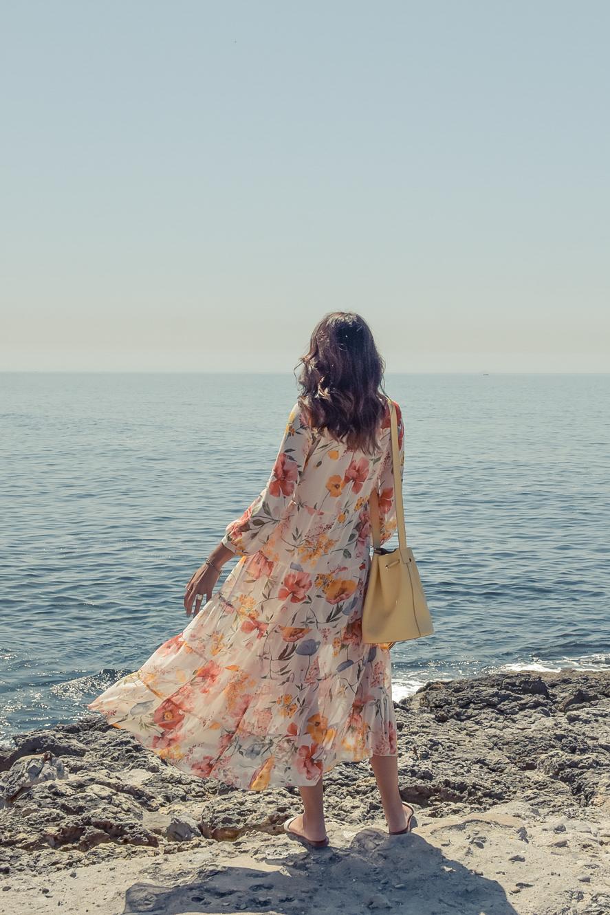 1-el-blog-de-silvia-viaje-Cascais-Estoril-vestido-flores