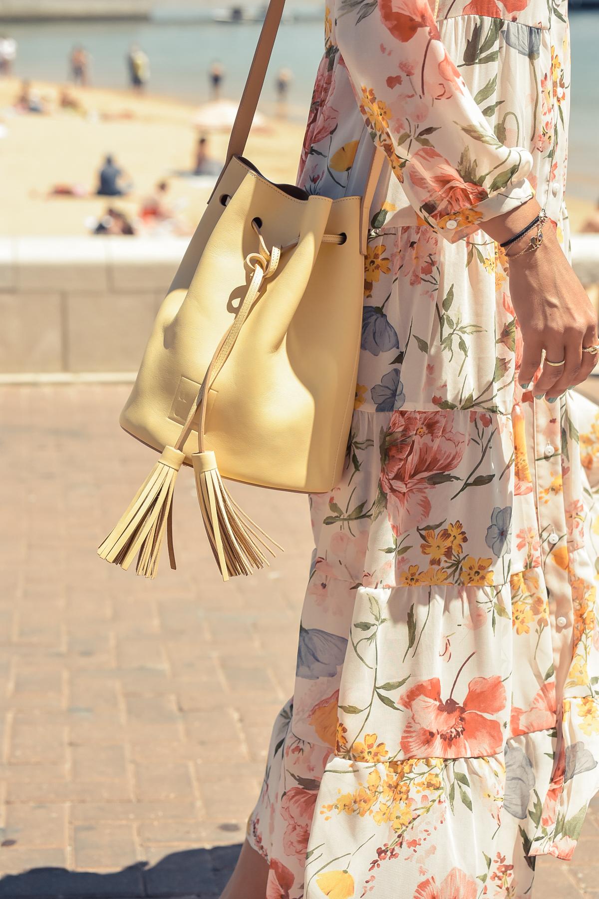10-el-blog-de-silvia-viaje-Cascais-Estoril-vestido-flores