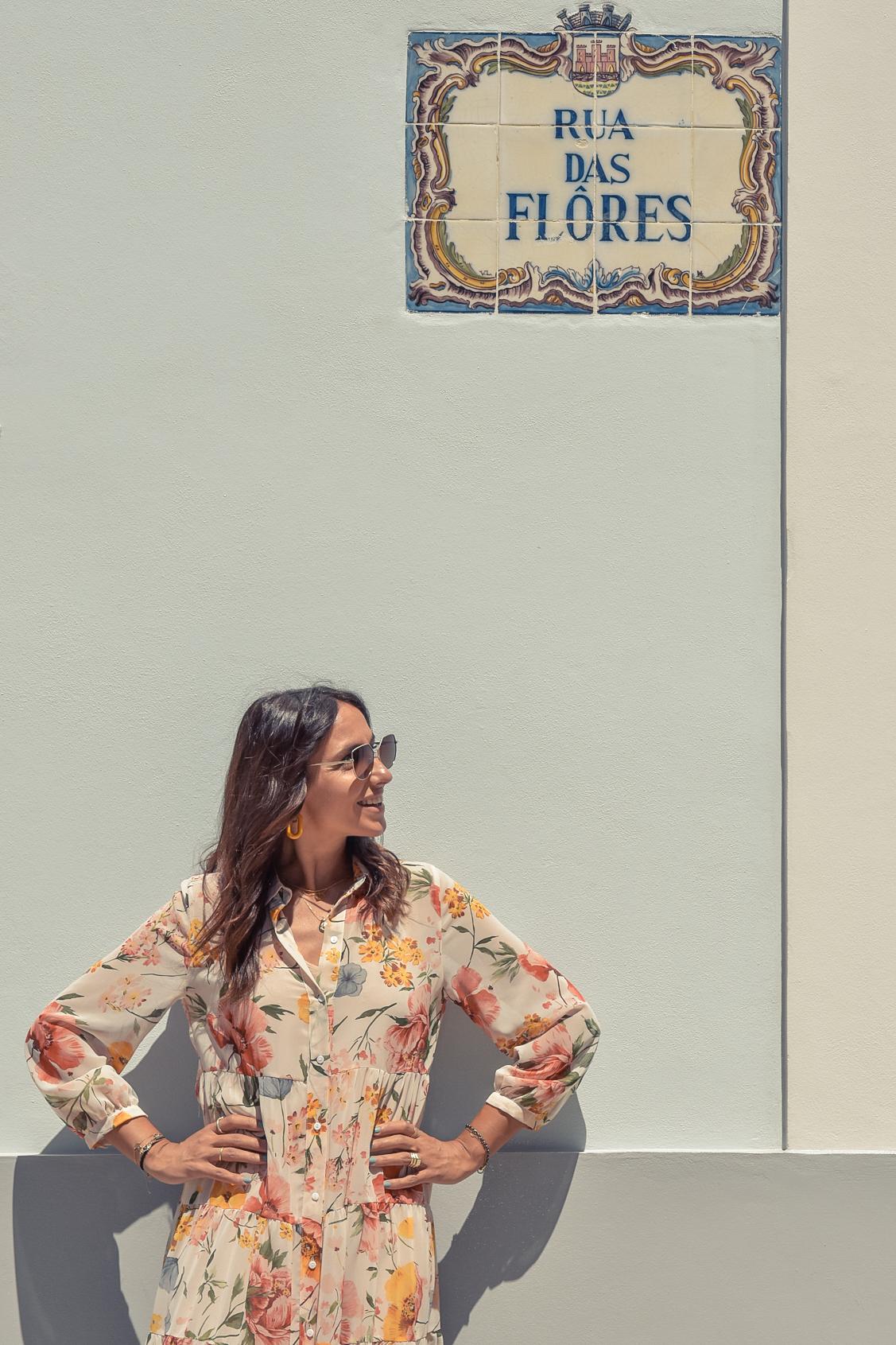15-el-blog-de-silvia-viaje-Cascais-Estoril-vestido-flores
