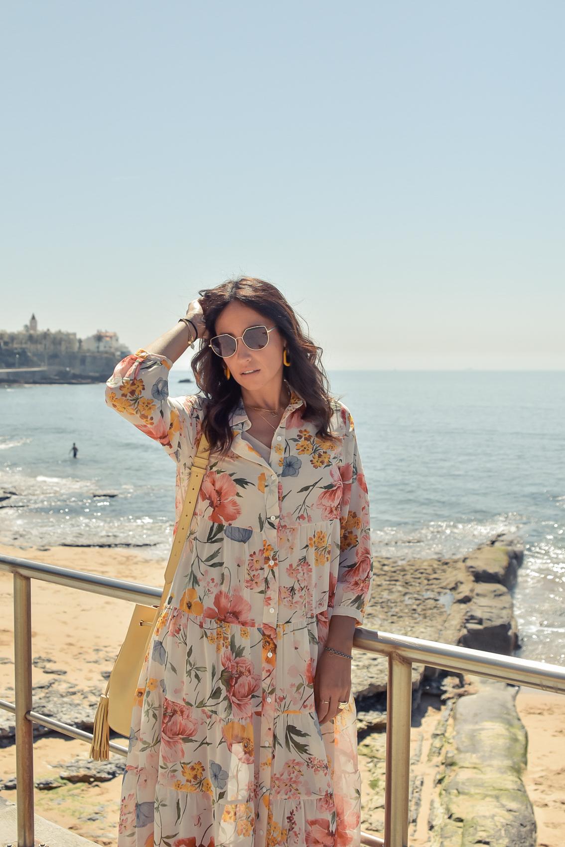 4-el-blog-de-silvia-viaje-Cascais-Estoril-vestido-flores
