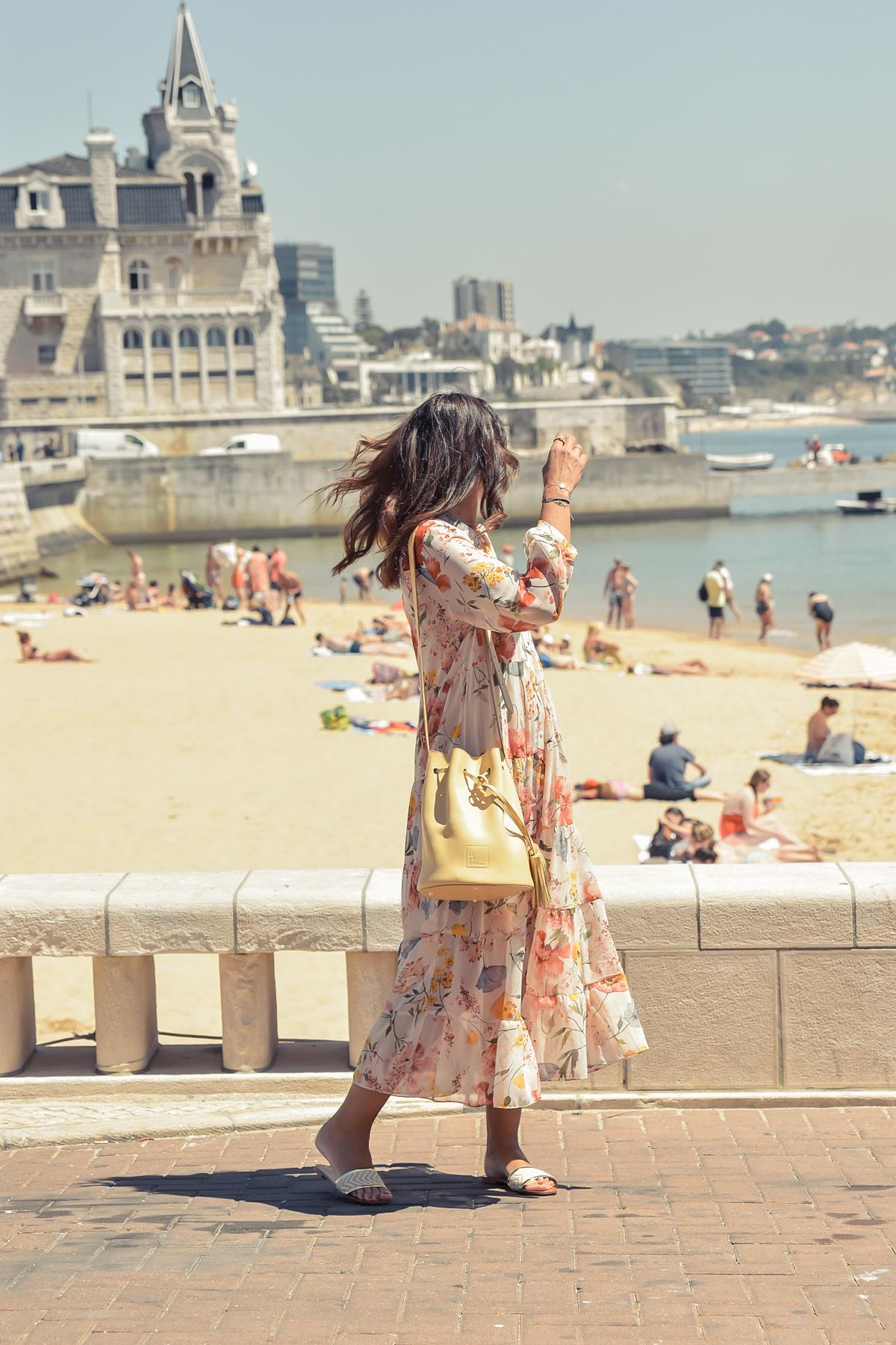 6-el-blog-de-silvia-viaje-Cascais-Estoril-vestido-flores