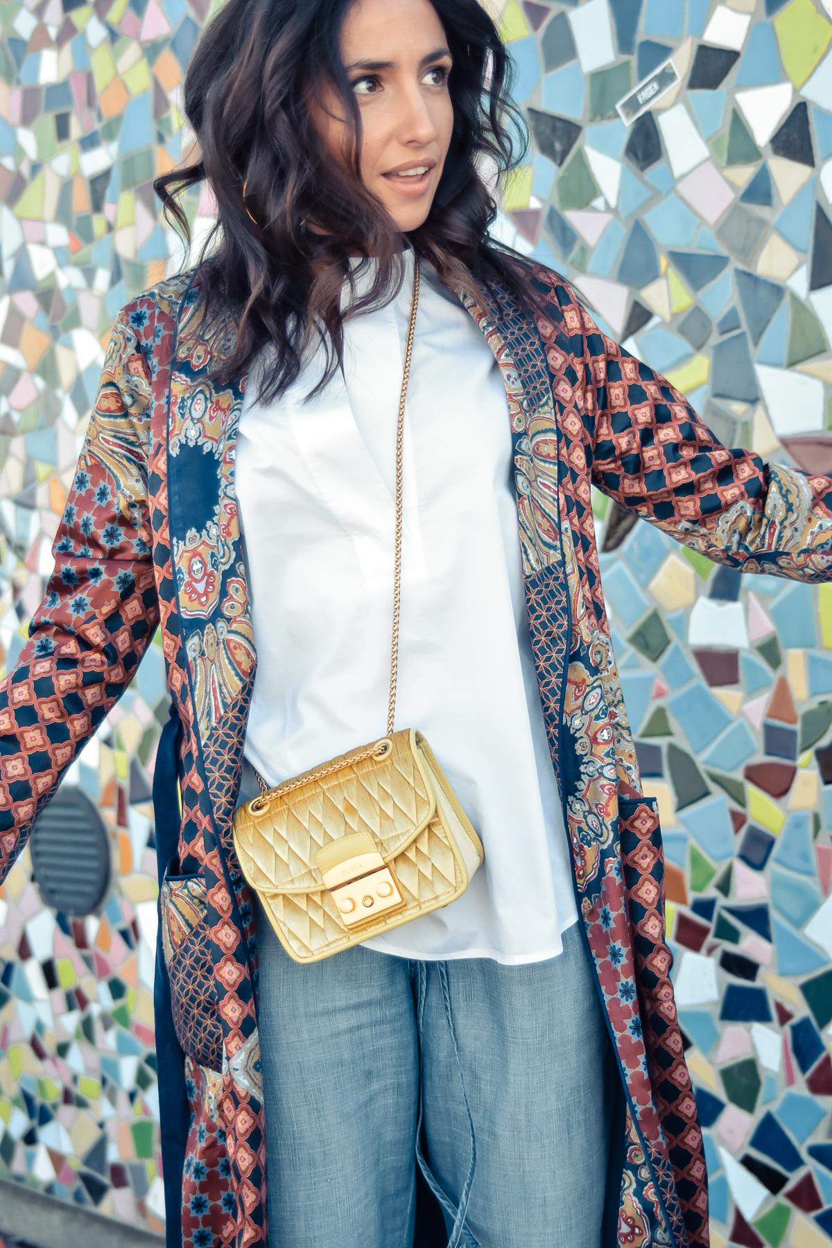el-blog-de-silvia-viajar-dusseldorf-kimono-largo-estampado-jeans-levis-02