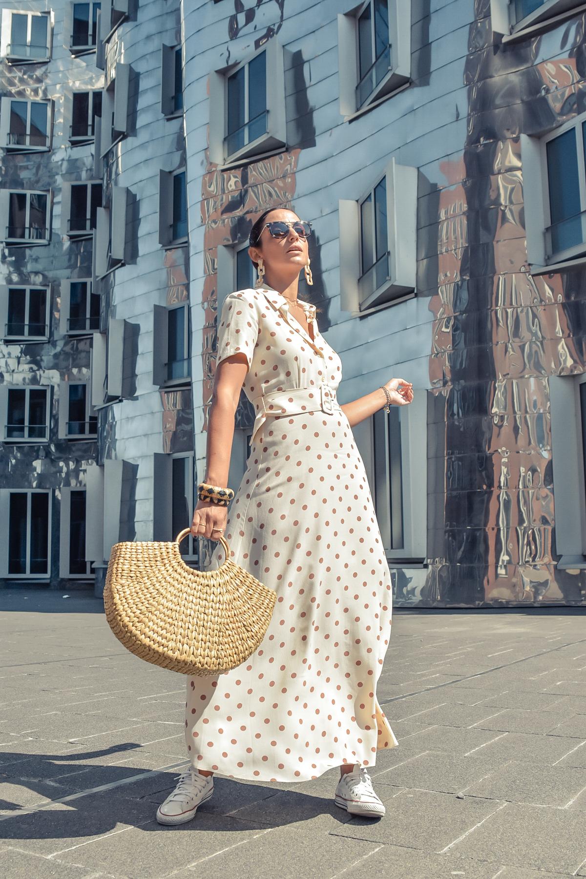 el-blog-de-silvia-viaje-dusseldorf-vestido-largo-lunares-zara-01
