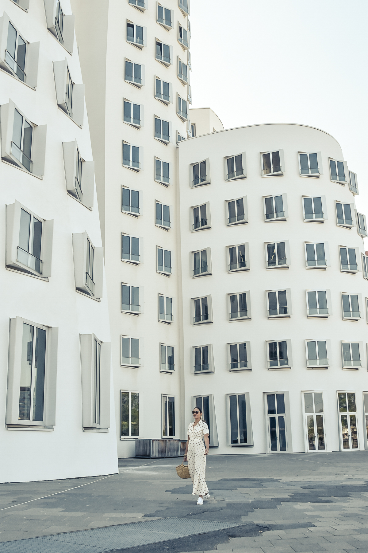 el-blog-de-silvia-viaje-dusseldorf-vestido-largo-lunares-zara-06