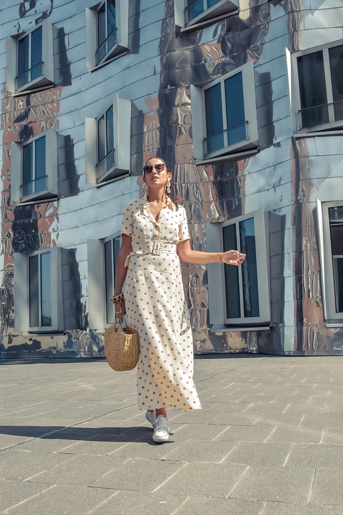 el-blog-de-silvia-viaje-dusseldorf-vestido-largo-lunares-zara-07