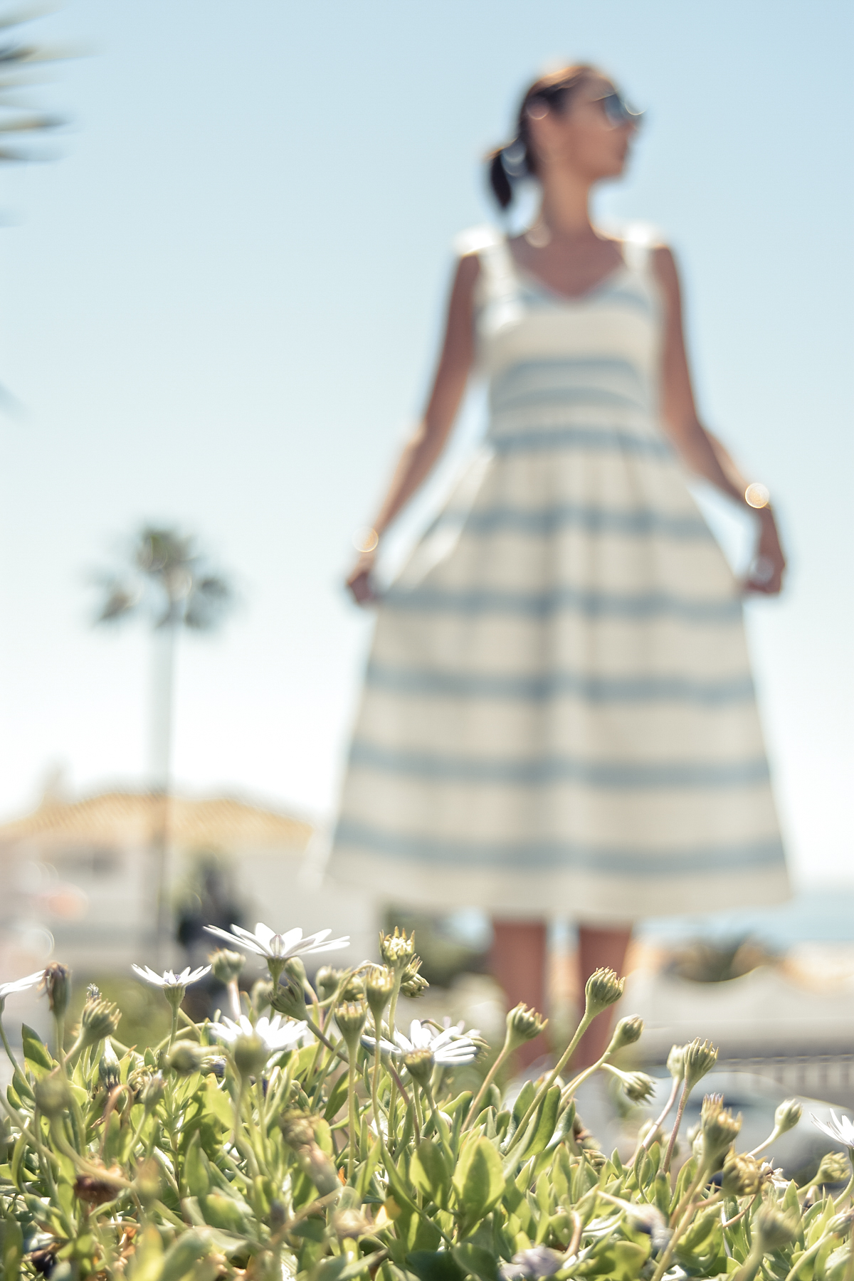 5-el-blog-de-silvia-vestido-rayas-azul-blanco-marbella