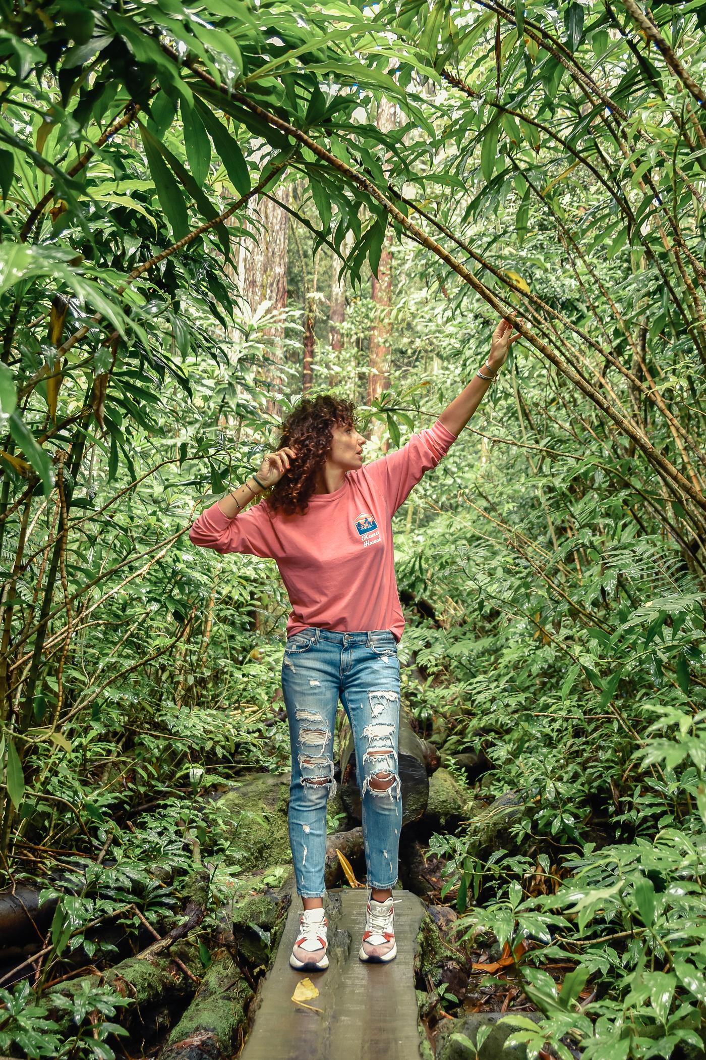 11-el-blog-de-silvia-viaje-hawaii-oahu-sudadera-rosa-jeans