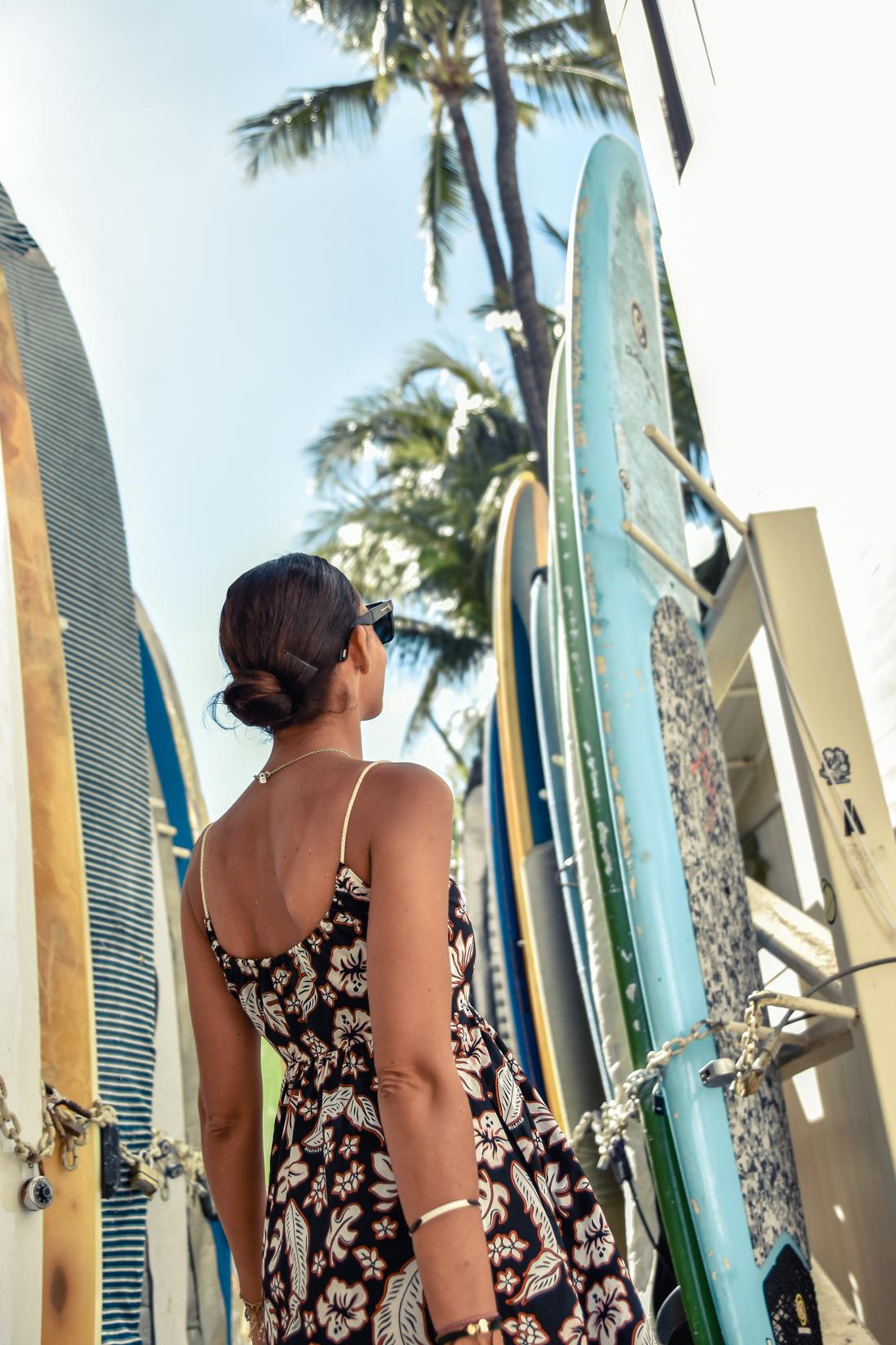 4-el-blog-de-silvia-curiosidades-hawaii-vestido-flores