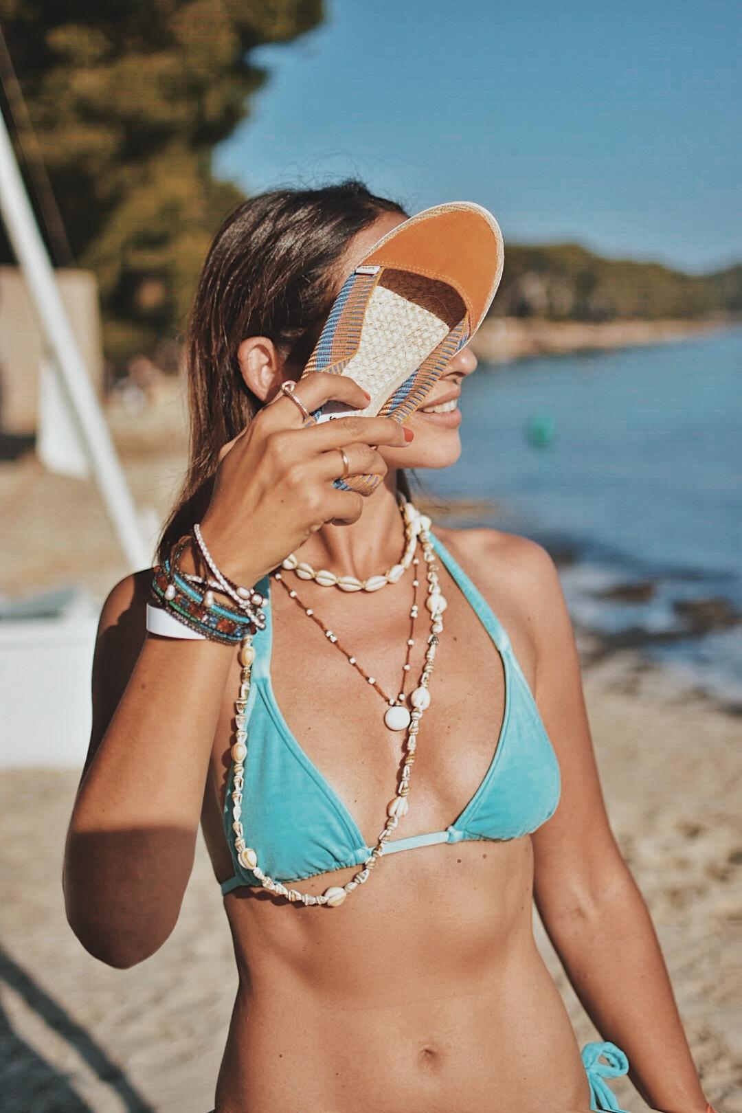 13-el-blog-de-silvia-bikini-azul-mallorca