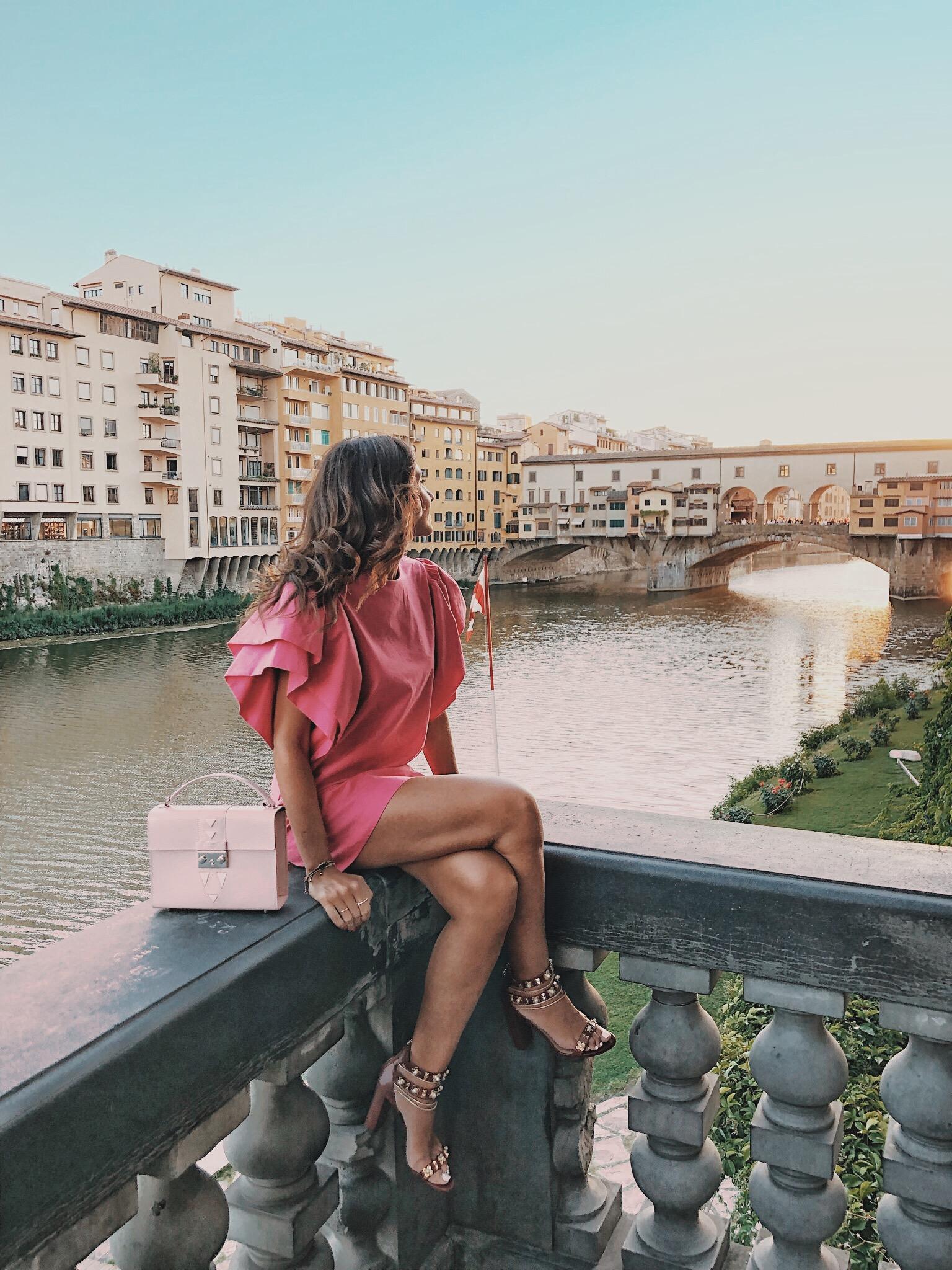 el-blog-de-silvia-total-look-rosa-vestido-corto-fucsia