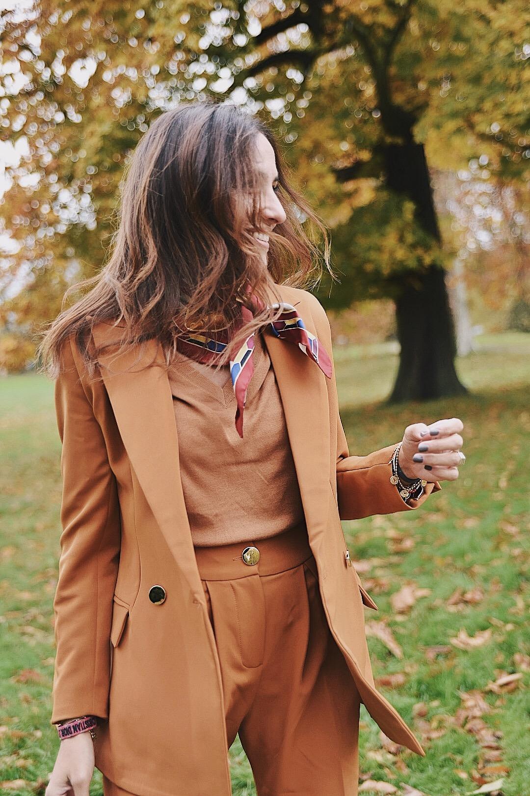 el_blog_de_silvia_Traje_Chaqueta_Pintini_Fashion_Travel_Blogger_Influencer